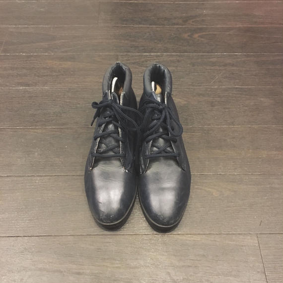 used leather boots