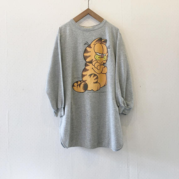 used garfield sweat