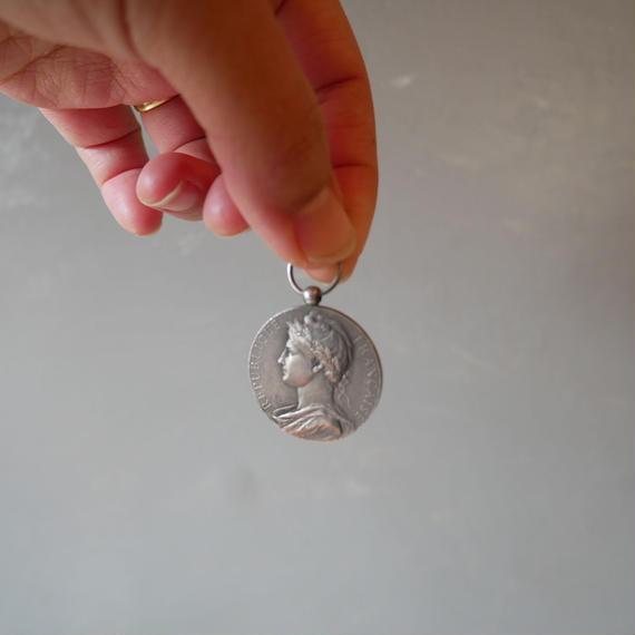フランスアンティーク コイン ネックレストップ