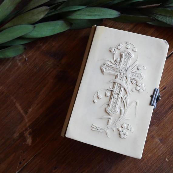 フランスアンティーク 聖書 スズラン アイボリー
