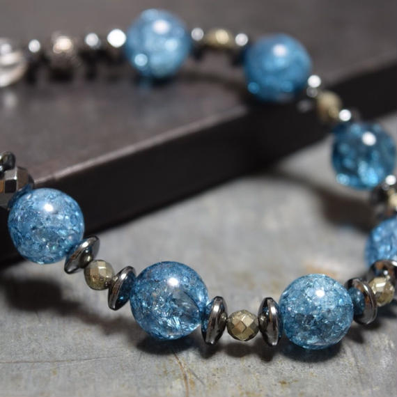 ブルークラッククリスタル スピーナブレス ''BLUECRACKCRYSTAL 10mm spina bracelet''