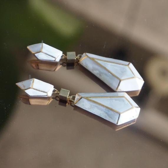 chasochimi  // ピアス(white+opal)