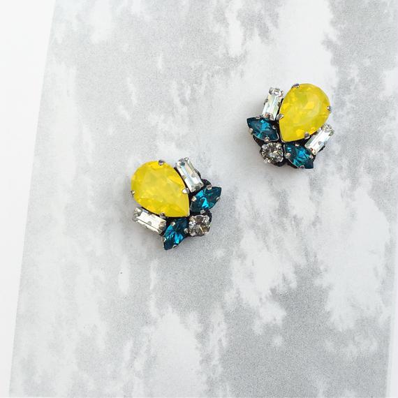 Bijoux earring in yellow
