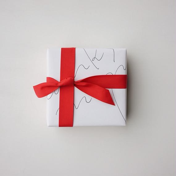 MOTHER'S DAY GIFT WRAPPING 母の日のギフトラッピング