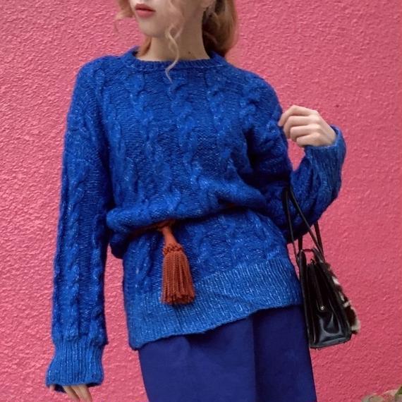 ヴィンテージ ロイヤルブルー 手編みのケーブルニット