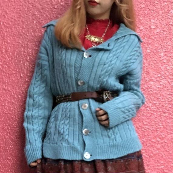 ヴィンテージ  水色の手編みケーブルカーディガン