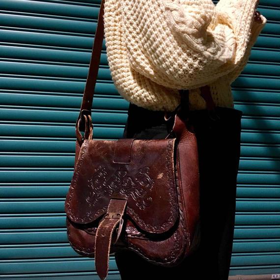 Vintage Carving Shoulder Bag