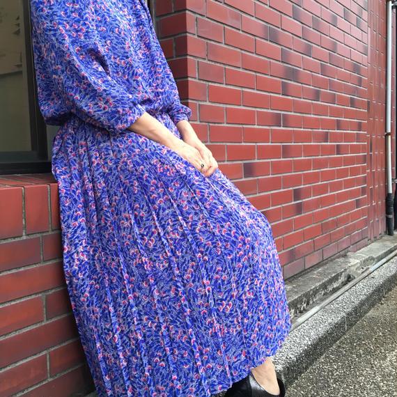 Vintage Pleated Blue Dress