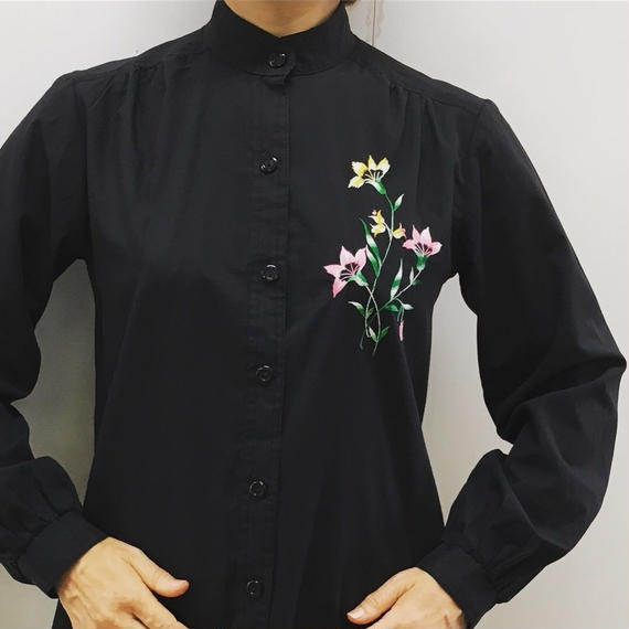 Vintage Embroidery Black Blouse