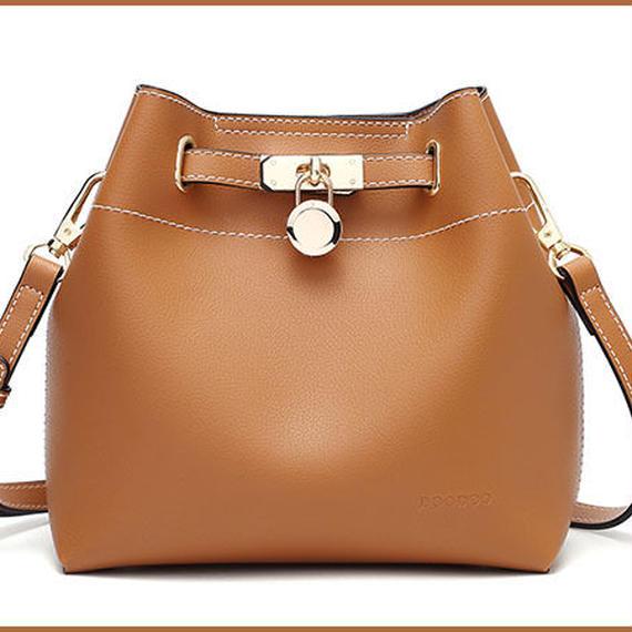 【送料無料!】【DOODOO】bag in bag レディースショルダーバッグ 合成皮革 ブラウン【新品】
