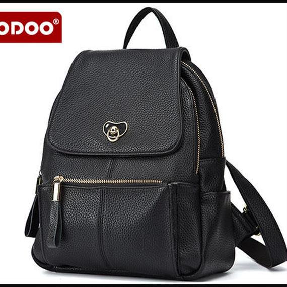 【送料無料!】【DOODOO】大容量 新作レディースリュック 合成皮革 黒【新品】