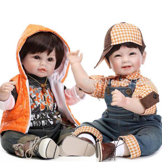【送料無料!】リボーンドール 赤ちゃん人形 べビー人形ベビードール海外ドールリアルハンドメイド衣装付ユニセックス男の子女の子【新品】