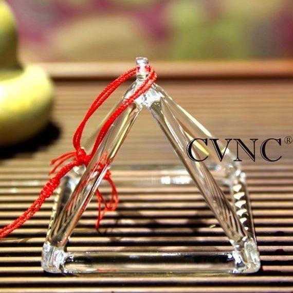 【送料無料!】クリスタルシンギングピラミッド 8インチ チャクラ サウンドヒーリング セラピー 水晶【新品】