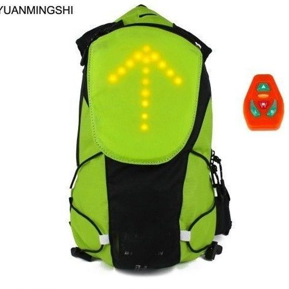 【送料無料!】自転車 方向指示ライト LED 安全 リュック バックパックバッグ ターン信号光反射ベスト バッグ用 安全 防犯 安全警告ライト【新品】
