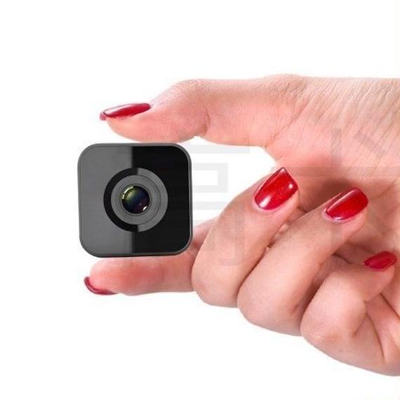 【送料無料!】ナイトカメラ ナイト 超小型カメラ 64G TF CARD 高画質 スパイ 遠隔操作 リモート制御 2ヶ月記録 1080P【新品】