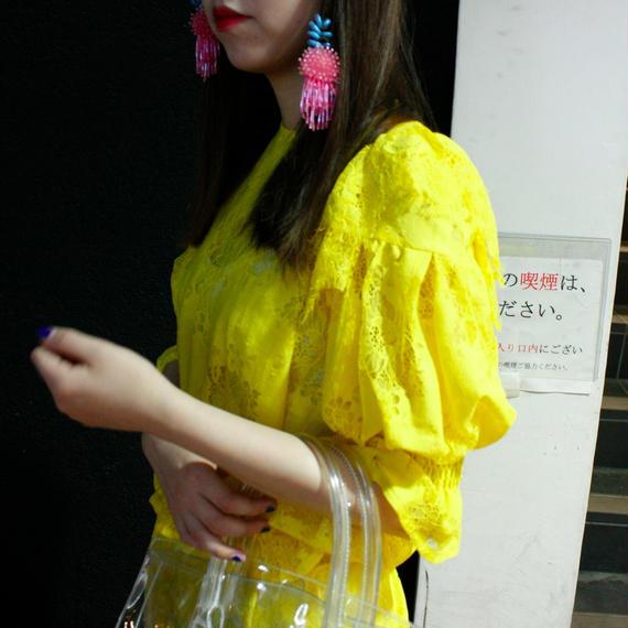 【AHCAHCUM/あちゃちゅむ】レースシャーリングブラウス/yellow