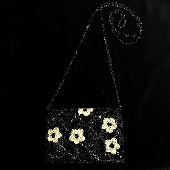Flower motif  beads shoulder bag / お花モチーフショルダービースバッグ