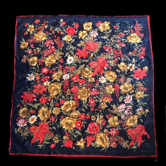 Classic flower patten Scarf / クラシック花柄スカーフ