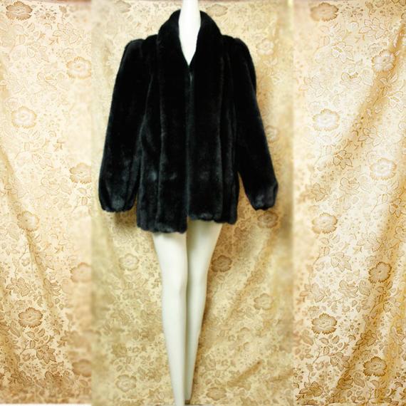 1980's Vintage Fake Fue Coat