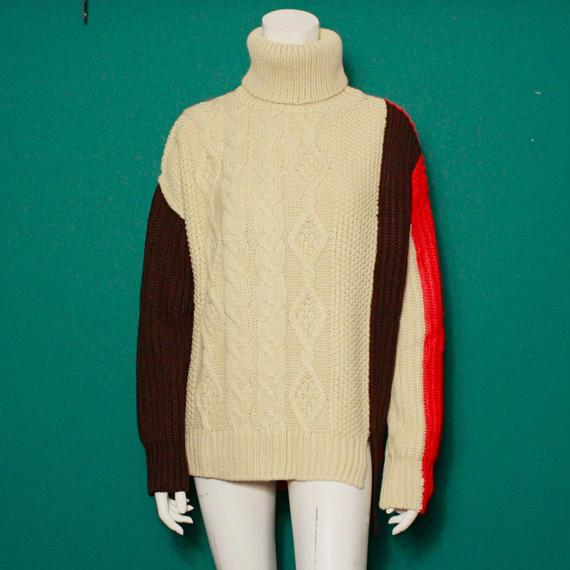 【migration】Turtleneck bi-color knit sweater / Orange