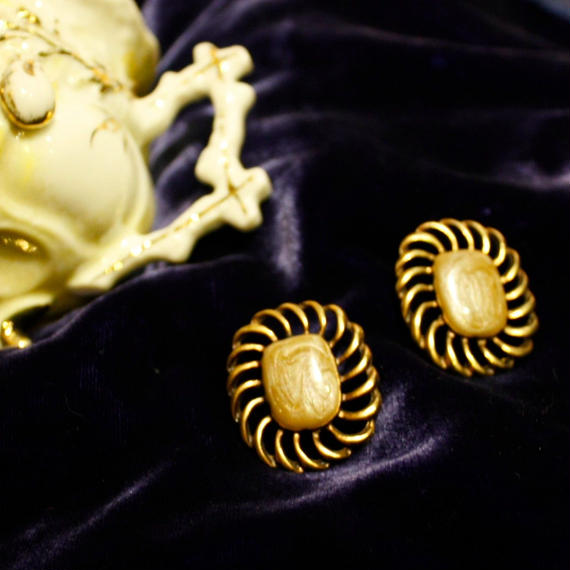 1960's Vintage Gold Froral Marble Pierce / 1960年代ゴールドマーブルピアス