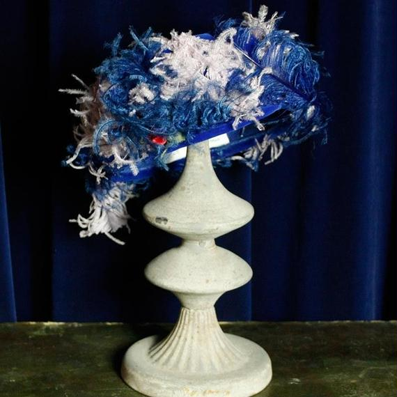 1950's Vintage Feather Royal Hat