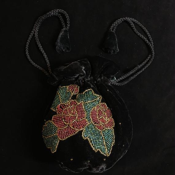 Velor material rose motif purse bag / 薔薇モチーフベロア巾着バッグ