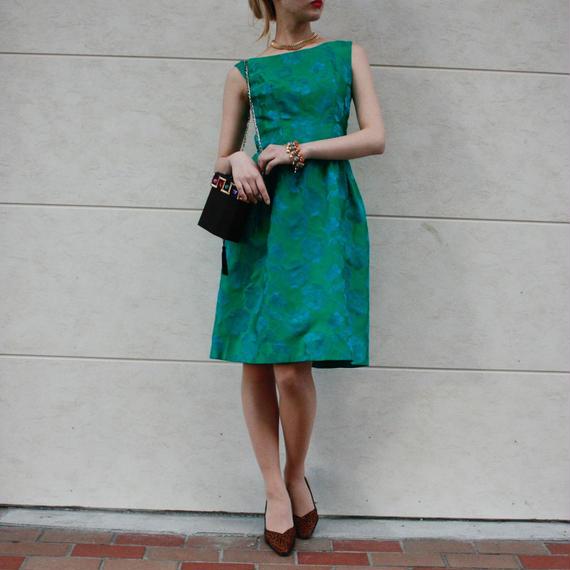Green flower design dress / グリーン花柄ワンピース