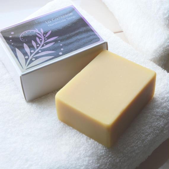 ホテルオークラ福岡のスイートルームで採用!最高級仕様アルガンオイル20%配合 Manon(マノン)洗顔ソープ フランキンセンス&ラベンダーの高貴な香り 5000円+税
