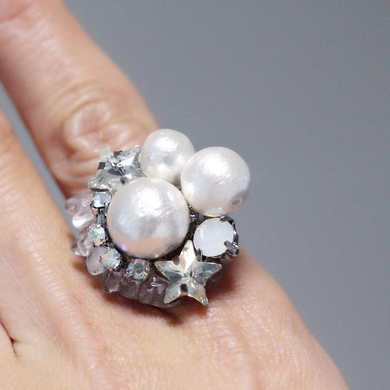 star bijou × cotton pearl Ring