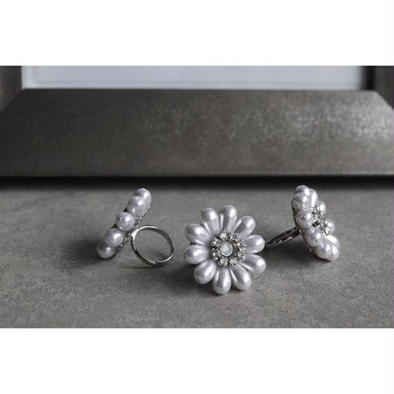 Margaret pearl Ring