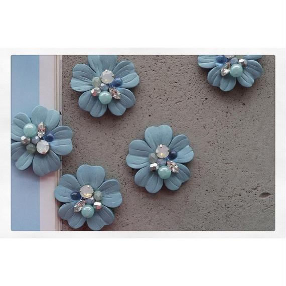 【Earing】Leather flower