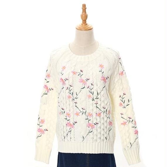 [0668tp]お花刺繍のニットプルオーバー