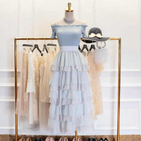 offshoulder tops & tulle long skirt set-up(No.300396)