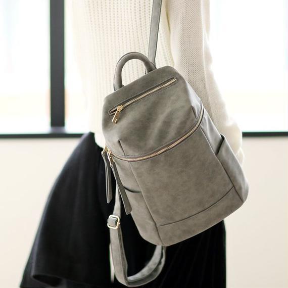 バッグ レディース リュック デイパック ジップ フェイクレザー カバン 鞄 雑貨(2color)