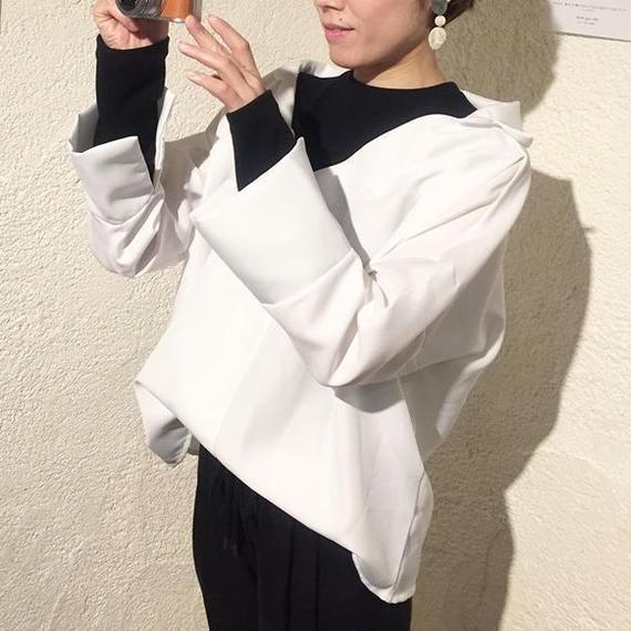 レイヤードV襟カットソー(4color)