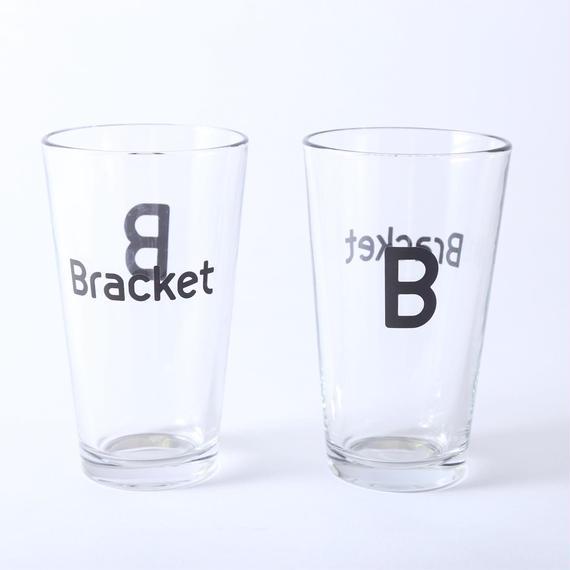 ブラケットのビールグラス