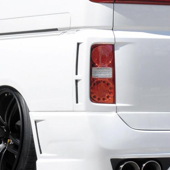 【Nissan Elgrand E51 (Late Model)】Spread E51後期 ロアテールダクトカバー