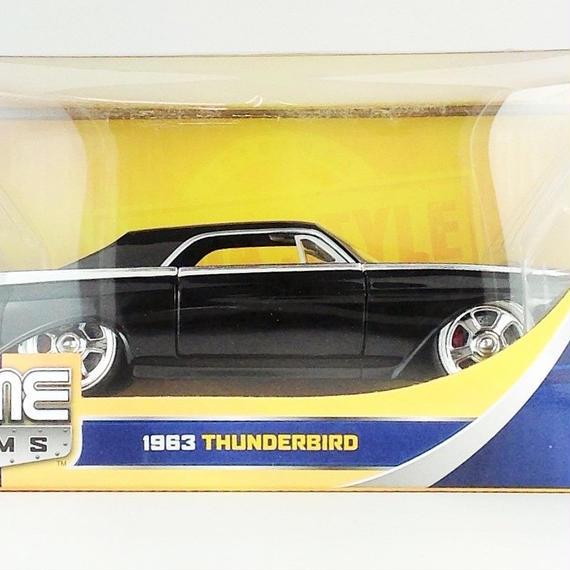 【Jada BIGTIME KUSTOMS】 1963 THUNDERBIRD