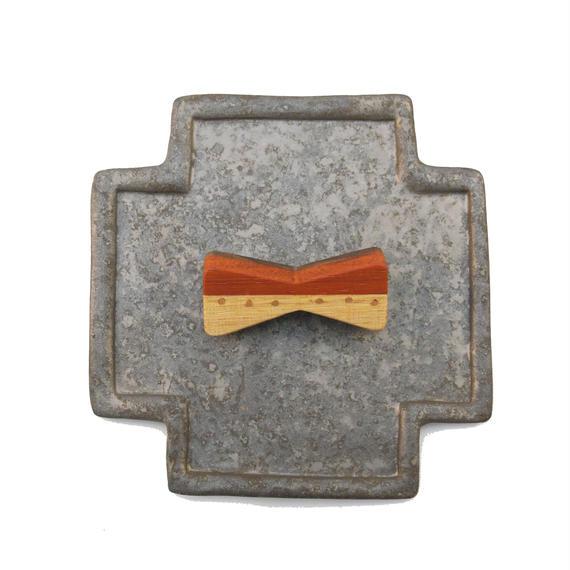 ブローチ(リボン銅ドット)
