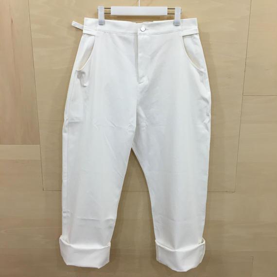 AQUVI / CONTROL STRAIGHT PANTS (WHITE)