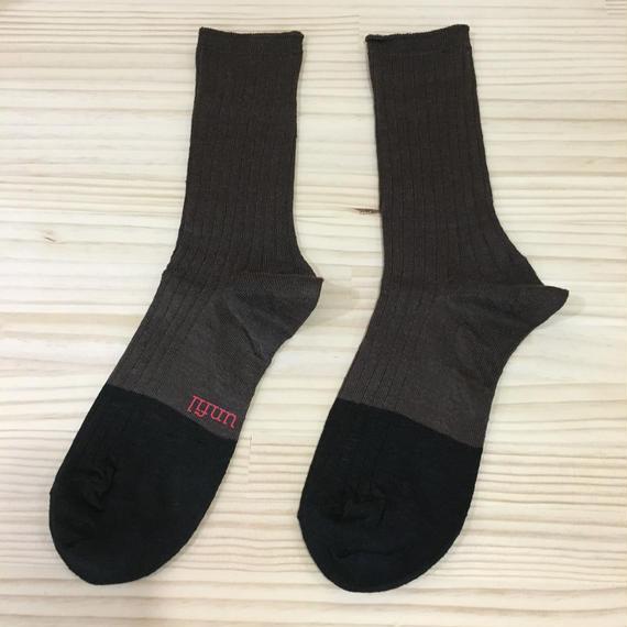 unfil / ONSP UW155 / Linen Thin Socks (EBONY)
