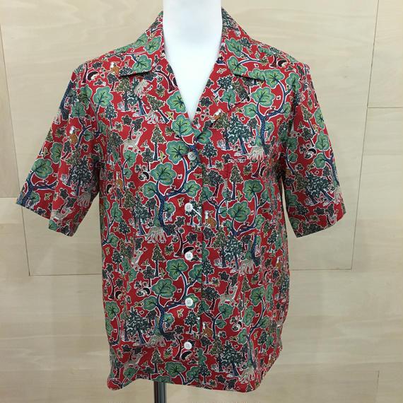 YAECA / 98120 / キャンプシャツ (DOE A DEER RED)
