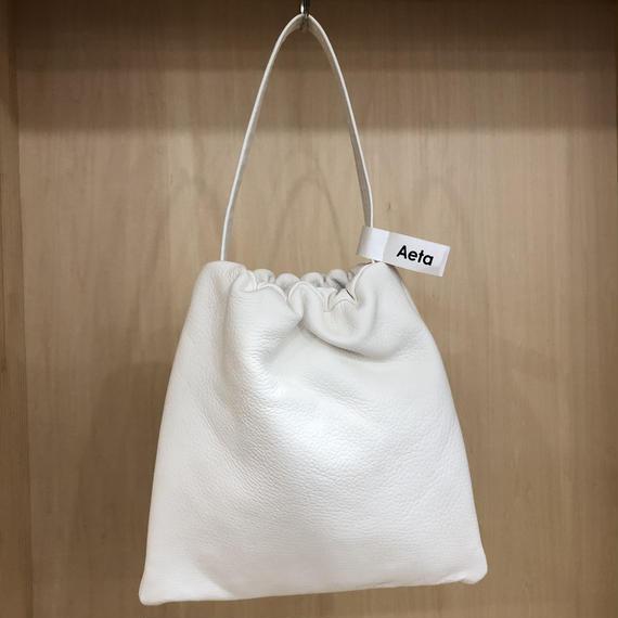 Aeta / DA02 / KINCHAKU BAG (L) (WHITE)