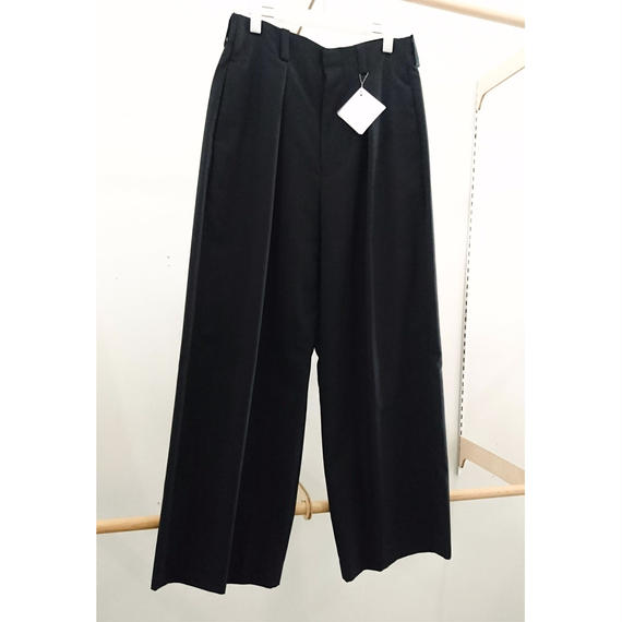 ETHOSENS / 1 tuck Wide Slacks / E117-704