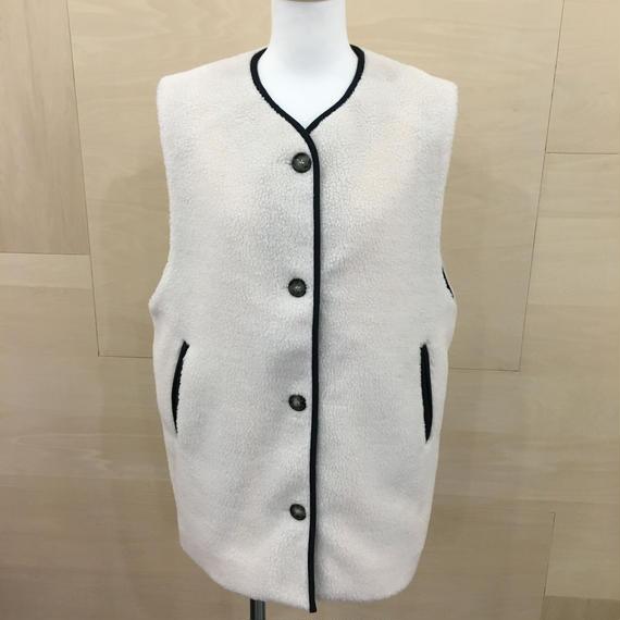 KLOKE / KLWPC2734 / Synchronicity Vest (ECRU)