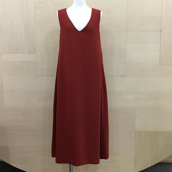 Graphpaper  / GM183 60023 / Satin V Neck Sleeveless Dress (RED)