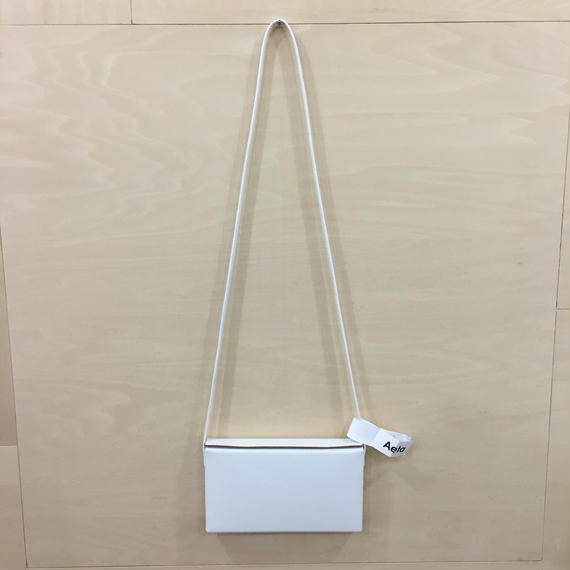 Aeta / LE08 / BOX SHOULDER BAG (WHITE)