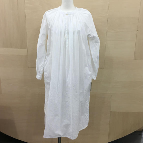 YAECA / 98108 / ギャザーブラウス ロング (WHITE)