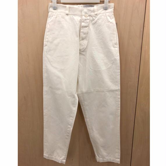 YAECA / 67652 / チノ ワイドテーパード (WHITE)
